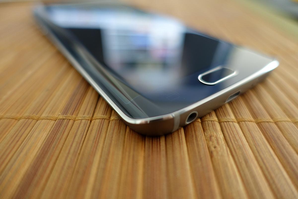 Samsung Galaxy S6 Edge Test Insert Coin